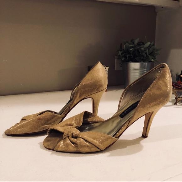 Caparros Zapatos   Oro Heels   Poshmark a712c3